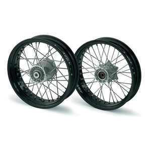SM REAR WHEEL TUBELESS